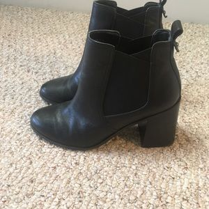 BP black booties